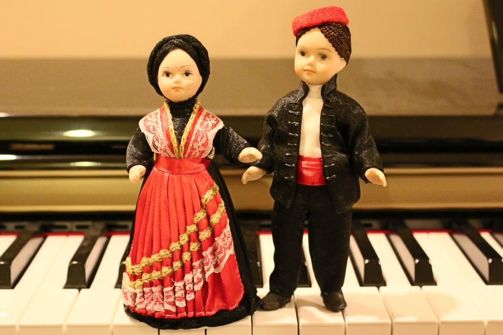 Splitska nosnja i klavir